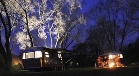 adventure camp schnitzm hle bilder videos. Black Bedroom Furniture Sets. Home Design Ideas