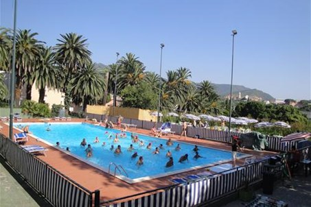 Schwimmbad - Piscina - Swimming Pool - Piscine