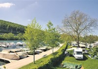 Gepflegter Camping am Aare-Ufer