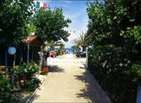 © Homepage www.camping.it/abruzzo/goldenbeach