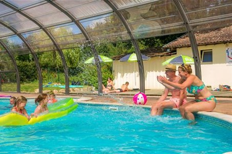 Camping Vosges Gerardmer camping piscine couverte