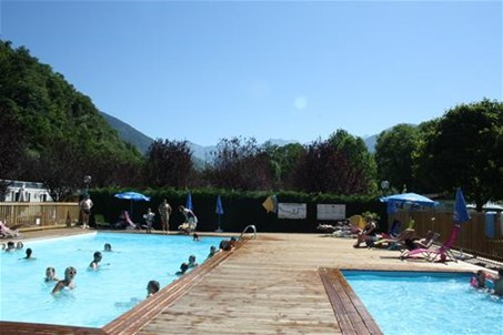 Piscine chauffée 26° camping le pyreneen