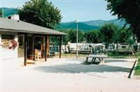 © Homepage www.pyrenees-tourisme.com/html/heber/campings/vignes.htm