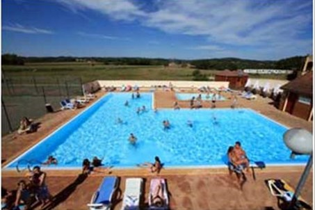 Piscine et pataugeoire /Schwimmbad und Planschbecken / Swimming pool and paddling pool