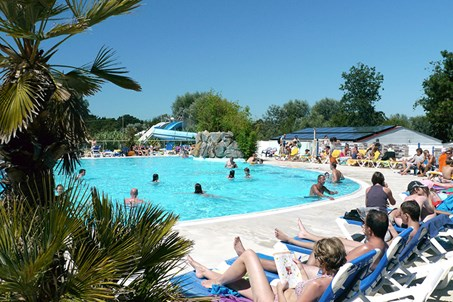 http://www.camping-vagues-oceanes.com/camping-ile-oleron/grosses-pierres.html