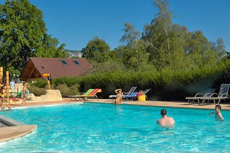 Homepage http://www.camping-lac-bleu.com